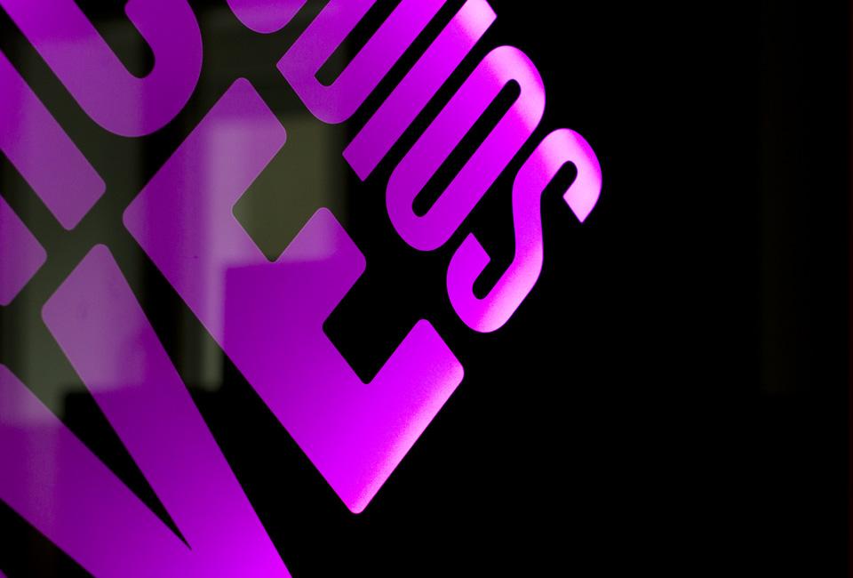 Sonic-live-studios-Logo-detail