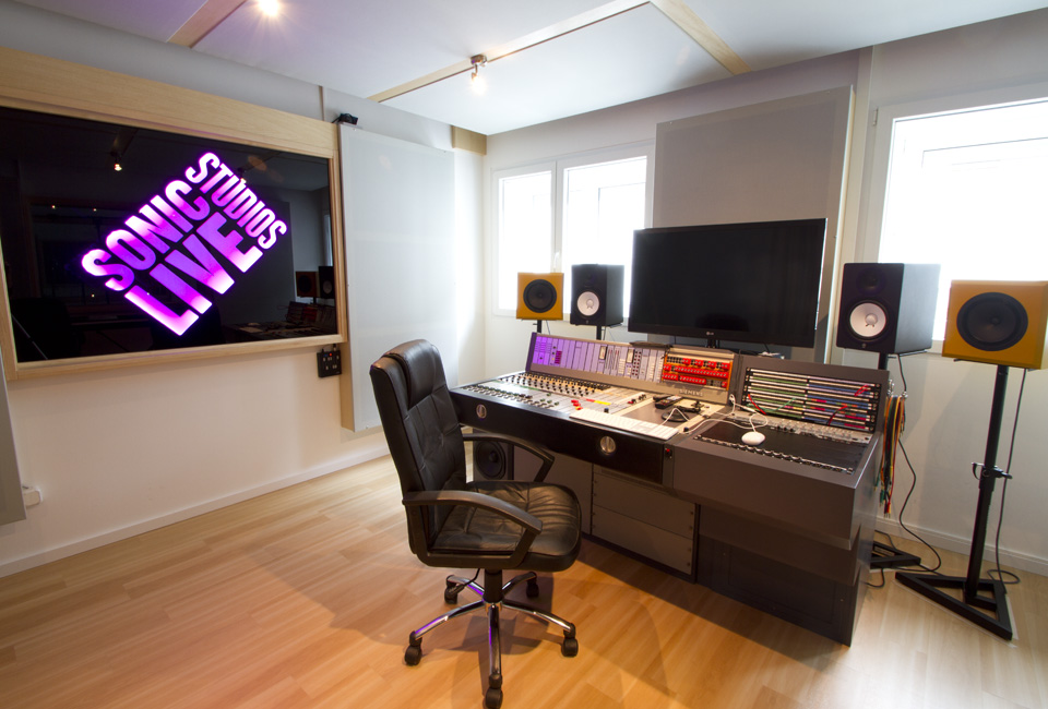 Sonic-live-studios-regie-2