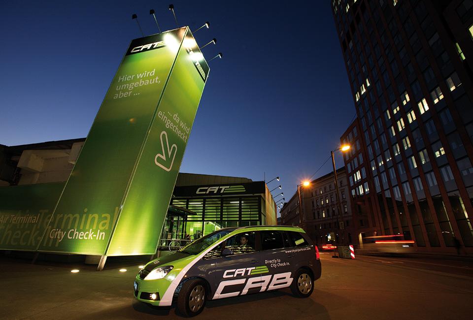 18-CAT-CAB-Fahrzeug-Wien-Mitte-Nacht